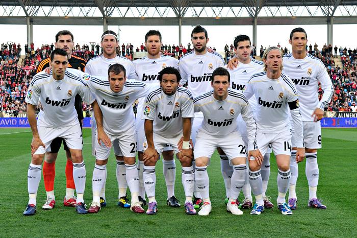 Real Madrid partido Almería 2009-2010 foto
